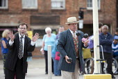 Street entertainers. Burists visiting Stratford upon Avon, Warwickshire - John Harris - 24-08-2013