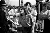 Miners wives picket Florence colliery, Stoke-on-Trent, Staffordshire - John Harris - 25-04-1984