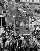 Ken Homer (NUM), Denis Skinner Labour Party MP Arthur Scargill (NUM), Peter Heathfield (NUM), Sammy Thompson (NUM), Jack Taylor (NUM), 15,000 Miners protest, Mansfield, Nottinghamshire - John Harris - 07-05-1984