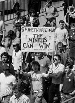 Johnny Woods, Grimethorpe, 15,000 Miners protest, Mansfield, Nottinghamshire - John Harris - 07-05-1984