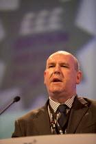 Mick Whelan ASLEF gen sec speaking, TUC, Liverpool 2014 - John Harris - 09-09-2014