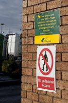City Link, closed distribution centre, Coventry - John Harris - 30-12-2014