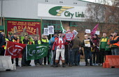 John Bull joins City Link workers and RMT members protest outside the closed distribution centre for the nationalisation of City Link after receivers were called in and workers were made redundent on... - John Harris - ,2010s,2014,activist,activists,bankrupt,bankruptcy,banner,banners,BECAP12 GP Limited,Better Capital,CAMPAIGN,campaigner,campaigners,CAMPAIGNING,CAMPAIGNS,closed,closing,closure,closures,deliveries,DEL
