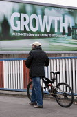 Growth, a Lloyds bank advertisement advertising lending to British business, Birmingham - John Harris - 2010s,2015,advert,ADVERTISED,advertisement,advertisements,advertising,ADVERTISMENT,adverts,BAME,BAMEs,bank,banking,banks,bicycle,bicycles,BICYCLING,Bicyclist,Bicyclists,BIKE,BIKES,billboard,billboards