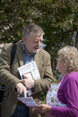 Dave Nellist, TUSC, canvassing, Coundon, Coventry - John Harris - 26-04-2015