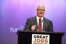 Steve Gillan POA Gen Sec speaking TUC conference Brighton - John Harris - 15-09-2015