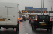 Traffic jam on M25 motorway in rain London - John Harris - 15-09-2015