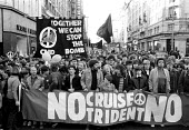 Demonstration against cruise and Trident nuclear weapons unilateral nuclear disarmament CND demonstration by 80,000 peace campaigners. - John Harris - ,1980,1980s,activist,activists,against,Anti War,Antiwar,atomic,CAMPAIGN,Campaign for Nuclear Disarmament,campaigner,campaigners,CAMPAIGNING,CAMPAIGNS,CND,DEMONSTRATING,Demonstration,DEMONSTRATIONS,Dis