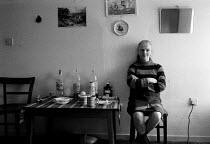 Mental health Single women living alone in one room rented bedsit. Birmingham 1987. - John Harris - 09-03-1987