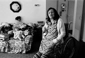 Disabled women coping at home with help from the local authority. Birmingham 1987. - John Harris - 25-03-1987