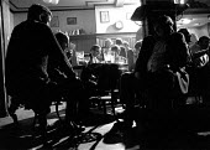 Drinking in a public house inner city Birmingham - John Harris - 01-05-1987