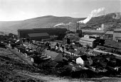 Steelworks and housing Ebbw Vale. South Wales - John Harris - 1980s,1989,British Steel,BSC,capitalism,capitalist,corus,ebf economy business,FACTORIES,factory,housing,Industries,industry,maker,makers,making,manufacture,manufacturer,manufacturers,manufacturing,met
