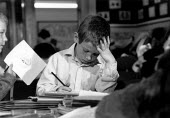 Pupil studying in a Primary School class - John Harris - 09-11-1989