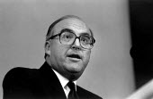 John Smith MP speaking at Labour Party Conference. - John Harris - 18-07-1992
