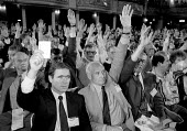 AEEU delegation voting at Labour Party Conference 1994 - John Harris - 28-09-1994