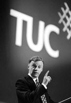 John Monks speaking at TUC 1994 - John Harris - 30-09-1994