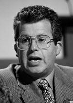 Tony Young CWU speaking at TUC 1994 - John Harris - 30-09-1994