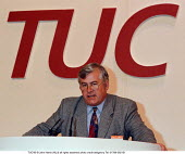 Simon Petch STE speaking at TUC Conference 1995 - John Harris - 30-08-1995