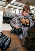 NVQ trainee Church's shoe making factory Nottingham - John Harris - ,1990s,1996,capitalism,capitalist,EBF,ebf economy,Economic,Economy,FACTORIES,factory,Industries,industry,job,jobs,LAB LBR work,maker,makers,making,manufacture,manufacturer,manufacturers,Manufacturing,