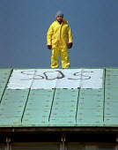 Scientist staging a roof top protest at cuts in scientific research budget at Horticultural center, Wellesbourne - John Harris - 10-05-1996