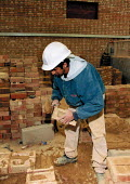 Training to be a bricklayer Further Education college - John Harris - 1990s,1997,adolescence,adolescent,adolescents,Apprentice,APPRENTICES,apprenticeship,asian,BAME,BAMEs,black,BME,bmes,bricklayer,bricklayers,bricklaying,building,BUILDINGS,college,COLLEGES,construction,