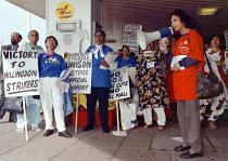 Hillingdon Hospital strikers lobby Unison ADC Brighton 10.6.97 - John Harris - 10-06-1997