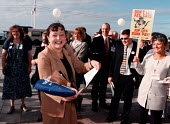 Don't let fat cats rip off bank pay - BIFU & UNIFI leafletting delegates at TUC 1997 Brighton - John Harris - 1990s,1997,bank,BANKS,DELEGATE,delegates,LEAFLET,LEAFLETING,LEAFLETS,leafletting,member,member members,members,people,SERVICE,SERVICES,Trade Union,Trade Union,trade unions,Trades Union,Trades Union,tr