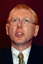 Johnathan Baume FDA speaking at TUC 1997 Brighton - John Harris - 10-09-1997