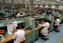 Civilian Ministry of Defense technicians at RAF Sealand base - John Harris - 20-03-1998