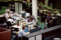 Office workers Fujitsu factory - John Harris - 13-10-1998