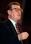 David Trimble speaking at the Labour Party Conference - John Harris - 01-10-1998