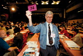 IPMS card vote TUC Conference 1999 - John Harris - 1990s,1999,Conference,conferences,democracy,member,member members,members,people,trade union,trade union,trade unions,Trades Union,Trades Union,trades unions,TUC,vote,VOTES,voting,worker,workers