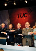 Lord Hector MacKenzie Unison Brendan Barber TUC John Monks TUC Lord David Lee TUC singing Auld lang syne at the close of TUC Conference 1999 - John Harris - 1990s,1999,Conference,conferences,member,member members,members,MONK,Monks,people,singing,trade union,trade union,trade unions,Trades Union,Trades Union,trades unions,TUC,Unison,worker,workers