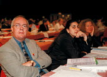 Doug Nicholls CYWU and delegation TUC Conference 1999 - John Harris - 15-09-1999