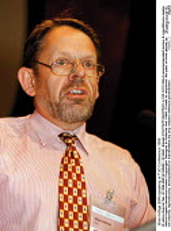 Brian Hibige EMA speaking at TUC Conference 1999 - John Harris - 14-09-1999