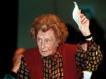 Barbara Castle MP Labour Party Conference 1999 - John Harris - 30-09-1999