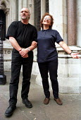 Release on bail of The Cambridge Two, Ruth Wyner and John Brock homeless charity workers imprisoned for allowing Heroin dealing at their shelter, Royal Courts of Justice, UK. - Jess Hurd - 11-07-2000