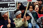 Palestinian protest outside the Israeli Embassy London UK - Jess Hurd - 14-10-2000
