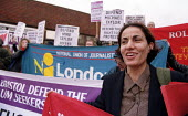 Protest in defense of Mike Taylor Bristol NUJ member outside Uxbridge Magistrates Court where he is facing charges for distributing a leaflet against the deportation of Iraqi asylum seeker Amanj Gafor... - Jess Hurd - 06-04-2001