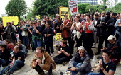 Hundreds of anti racists rally at Oldham Civic Centre to stop an NF march. - Jess Hurd - 10-06-2001