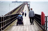 Disabled pensioner holiday day trip, Southend Pier. - Jess Hurd - 28-09-2001