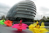 Carnival dancer at the opening of the Ken Livingstones new GLA building on the Thames, London. - Jess Hurd - 23-07-2002