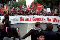 Peace protest, European Social Forum, Florence, Italy. - Jess Hurd - 09-11-2002