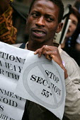 Demonstration of asylum seekers and supporters outside the High Court where the government is appealing against the High Courts ruling that its destitution of asylum seekers is illegal. The policy ha... - Jess Hurd - 27-08-2003