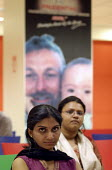Job applicants waiting for an interview. Prudential Call Centre, Mumbai India - Jess Hurd - 19-01-2004