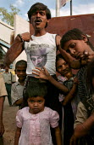 Man with a Marilyn Manson T-shirt, Mumbai, India. - Jess Hurd - 23-01-2004