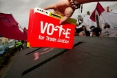 Vote for Trade Justice, Ballot on the Beach demonstration outside Labour Party Conference. - Jess Hurd - 26-09-2004