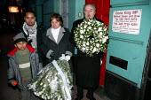 George Galloway Respect MP, Lindsey German StW, Olihur Rahman Respect councillor lay a wreath at Oona Kings surgery door in protest at her support for the Iraq war. Stop the War demonstration calling... - Jess Hurd - 27-11-2004