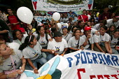 Students from the Bolivarian University join the opening march of the World Social Forum. Caracas, Bolivarian Republic of Venezuela. - Jess Hurd - 24-01-2006