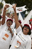 World Social Forum, Porto Alegre, Brazil. Small farmers, members of the Brazilian Dairy Union demonstrate outside a closed Parmalat milk factory. Campaign Against Corporate Abuse called by ActionAid B... - Jess Hurd - 28-01-2005